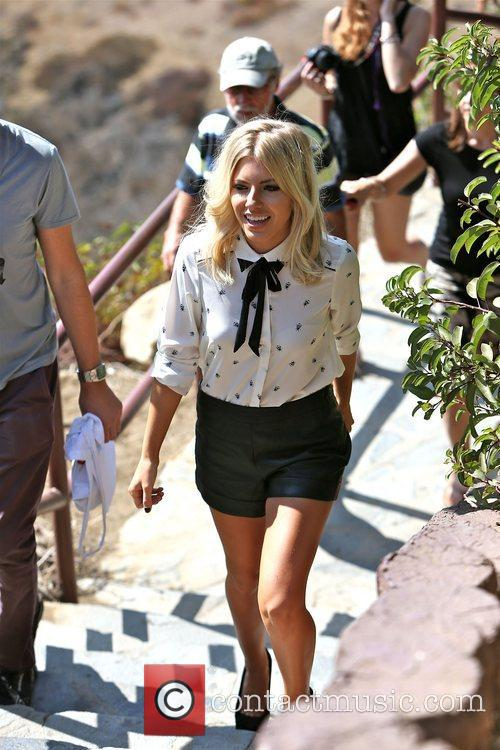 Mollie King and The Saturdays 28