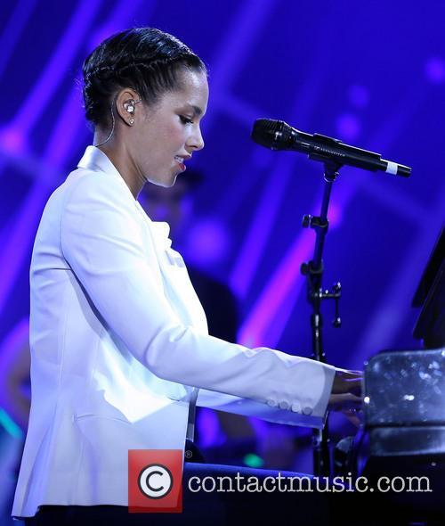 Alicia Keys 28