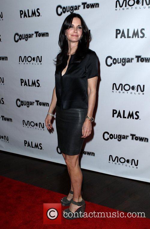 Cougar Town viewing party at Moon Nightclub at...