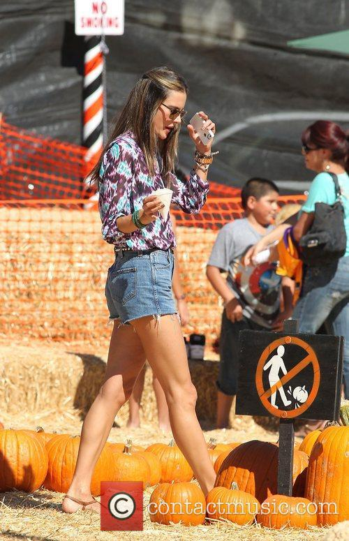 alessandra ambrosio celebrity moms and their kids 4126159