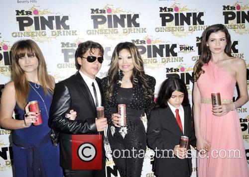 Paris Jackson, Prince Jackson, La Toya Jackson, Blanket Jackson and Monica Gabor 5