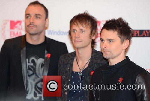 Christopher Wolstenholme, Dominic Howard, Matthew Bellamy and Muse 1