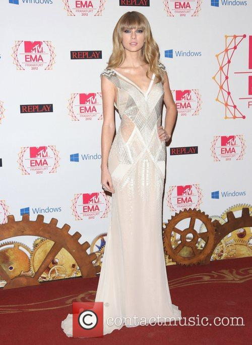 taylor swift 19th mtv europe music awards 4170127