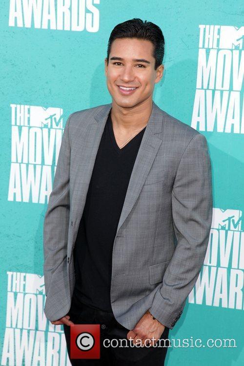 Mario Lopez and Mtv Movie Awards 1