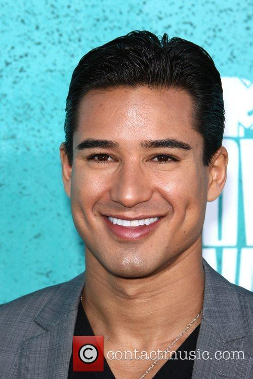 Mario Lopez and Mtv Movie Awards 2