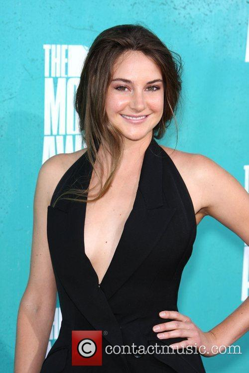 Shailene Woodley and Mtv Movie Awards 1
