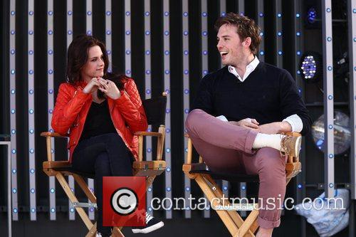Kristen Stewart and Sam Claflin 3