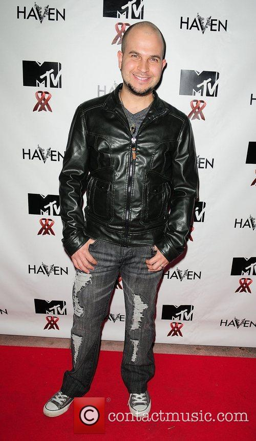 Antonio Couto MTV Staying Alive Team fundraiser for...