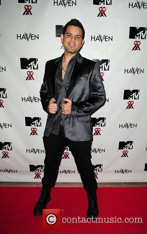 Hector Velasquez MTV Staying Alive Team fundraiser for...