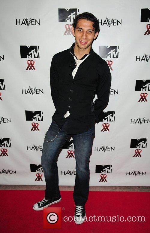 Ruben Martinez MTV Staying Alive Team fundraiser for...
