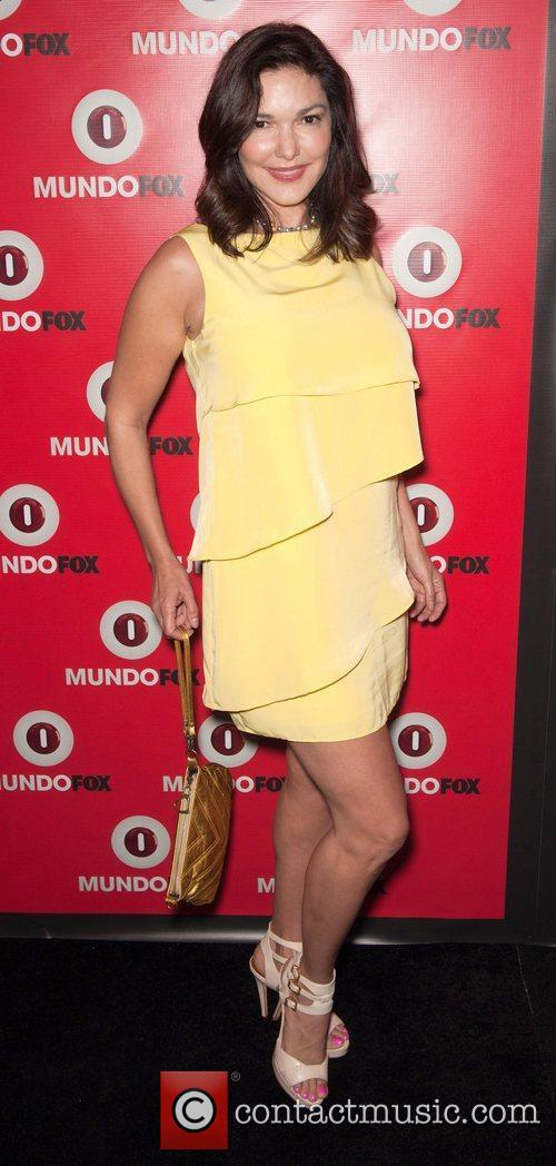 laura harring mundofox launch party lets make 4027258