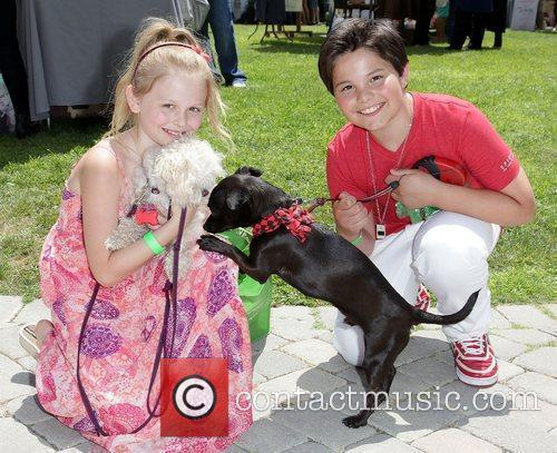 Emily Alyn Lind and Zach Callison 2
