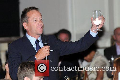 Kiefer Sutherland giving a toast 2012 Music Visionary...