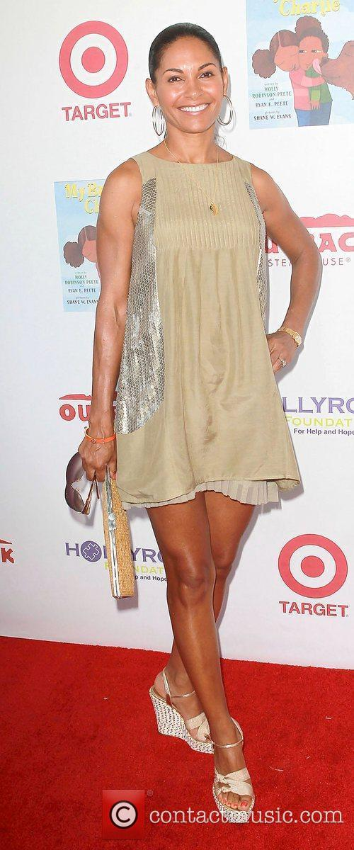 Salli Richardson 5