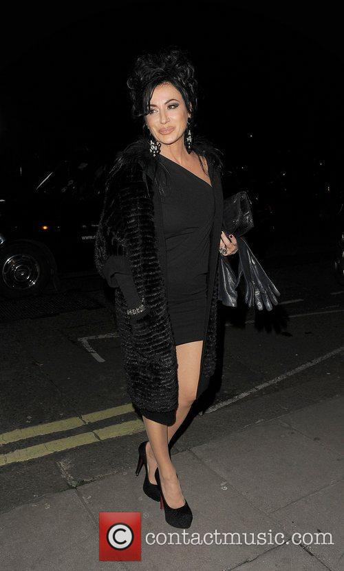 Nancy Del Olio out and about in Mayfair.