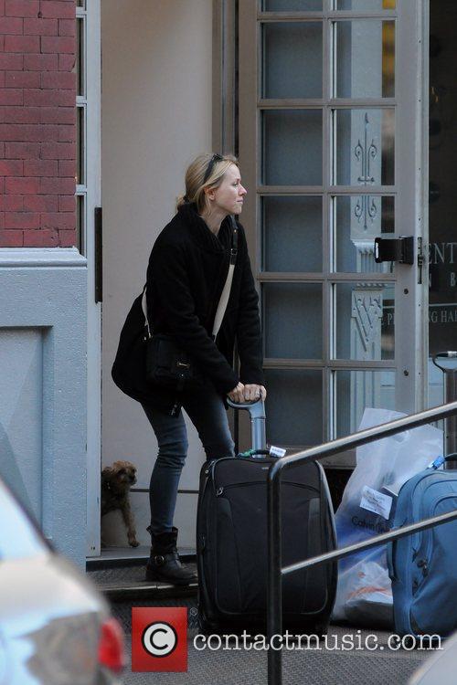 Naomi Watts Naomi Watts and Liev Schreiber arriving...