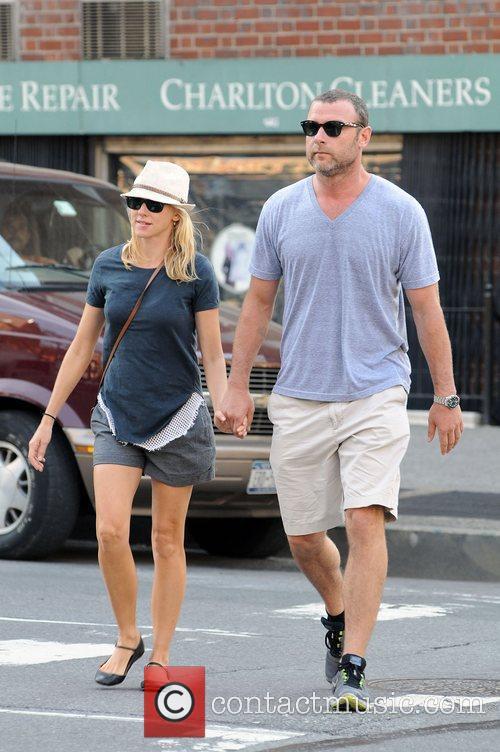 Naomi Watts and Liev Schreiber 6
