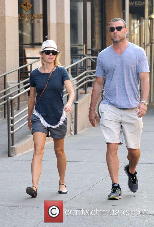 Naomi Watts and Liev Schreiber 10
