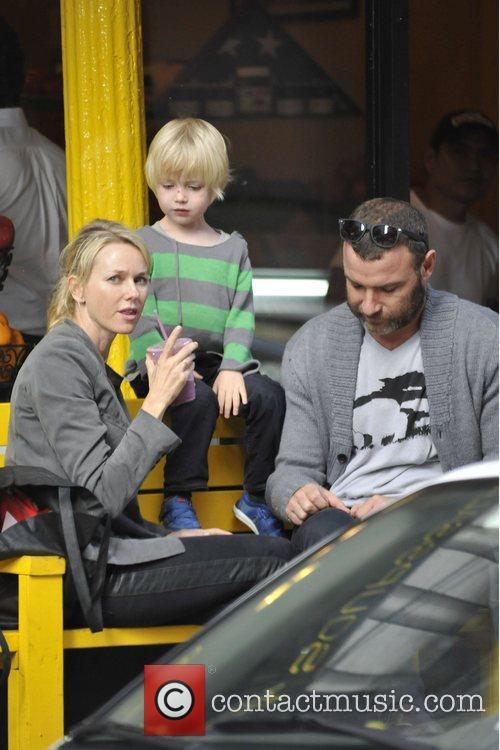 Naomi Watts and Liev Schreiber 29
