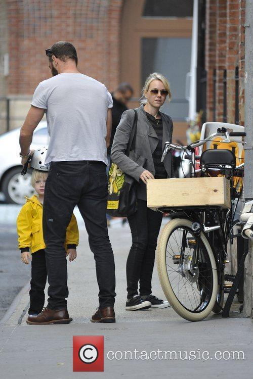 Naomi Watts and Liev Schreiber 26