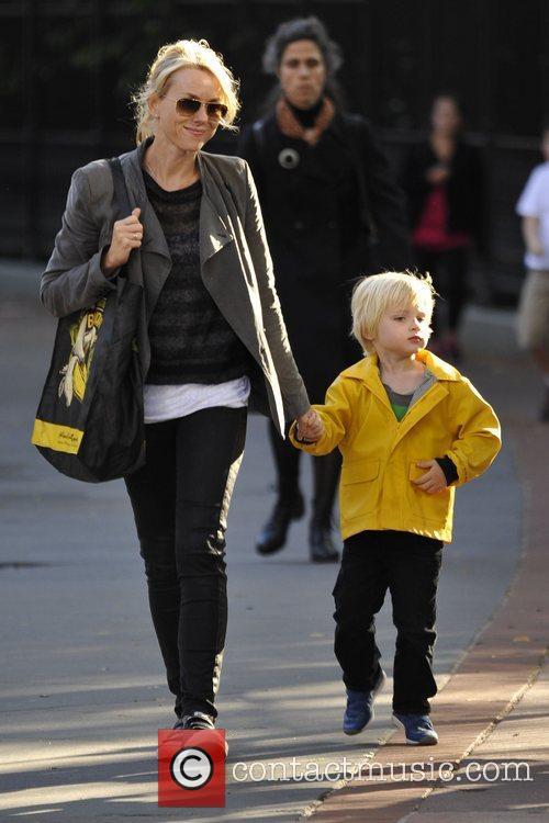 Naomi Watts and Liev Schreiber 40