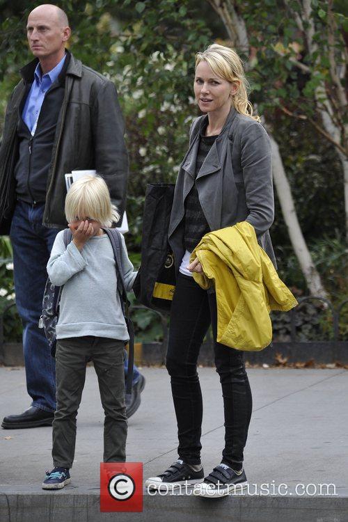 Naomi Watts and Liev Schreiber 37