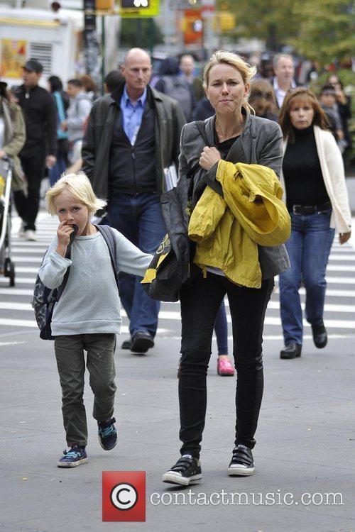 Naomi Watts and Liev Schreiber 33