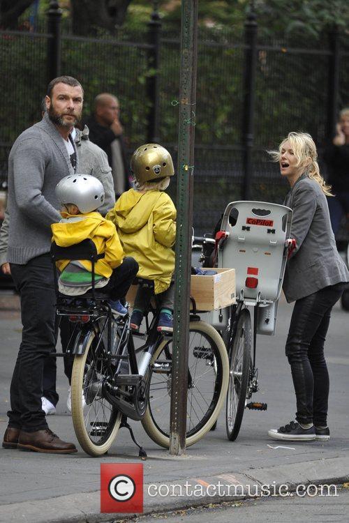 Naomi Watts and Liev Schreiber 30