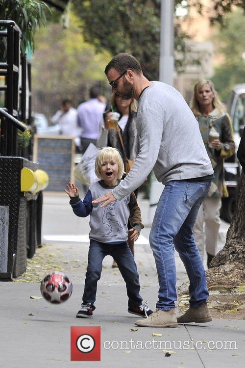liev schreiber and son alexander play along 5935694