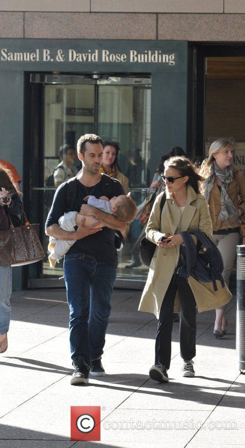 natalie portman spotted with husband benjamin millepied 5828039