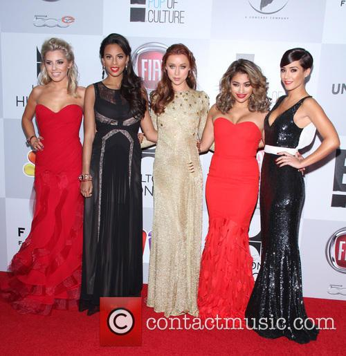 Mollie King, Rochelle Humes, Wiseman, Una Healy, Vanessa White, Frankie Sandford and The Saturdays 5