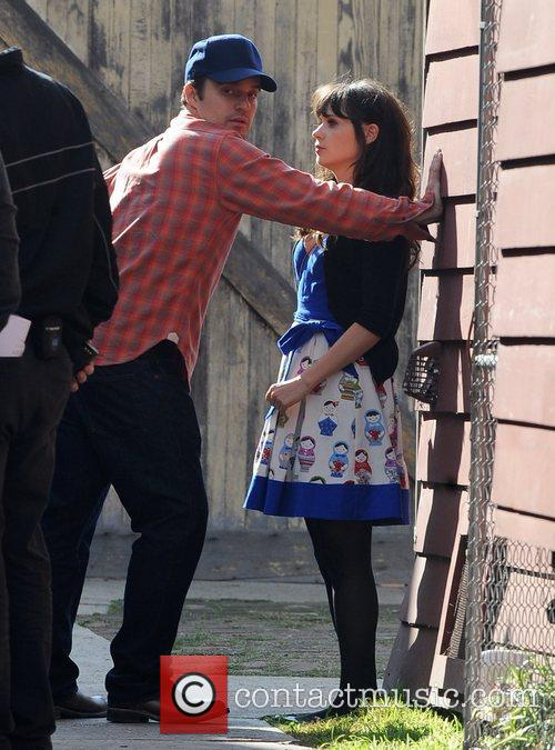 Getting dirty on the set of 'New Girl'