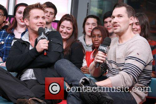 Charlie Bewley and Daniel Cudmore 8
