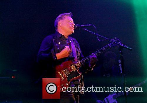 Bernard Sumner and Manchester O2 Apollo 16