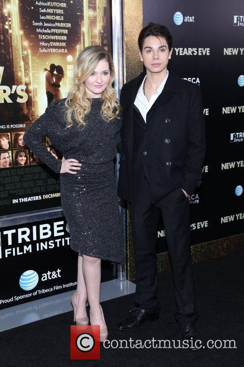 Abigail Breslin and Ziegfeld Theatre 3