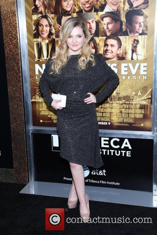 Abigail Breslin and Ziegfeld Theatre 5