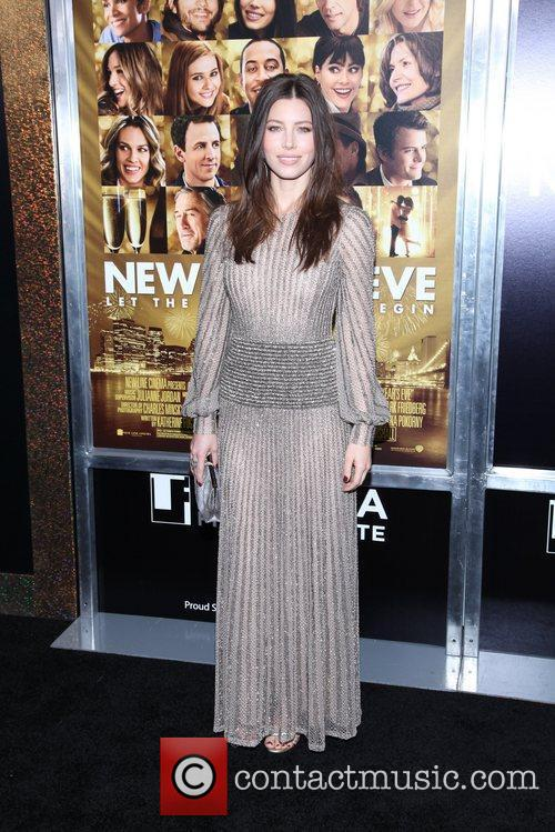 Jessica Biel and Ziegfeld Theatre 3