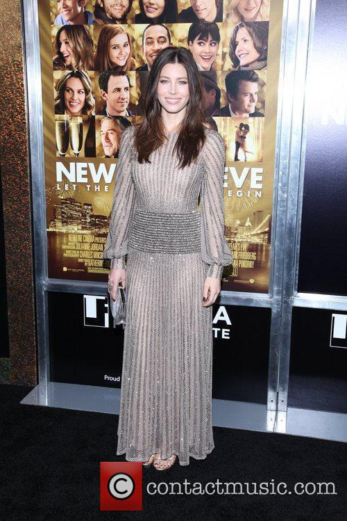 Jessica Biel and Ziegfeld Theatre 5