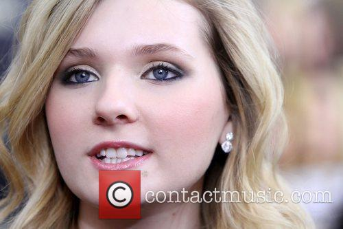 Abigail Breslin and Ziegfeld Theatre 1
