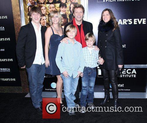 Bon Jovi, Jon Bon Jovi and Ziegfeld Theatre 2