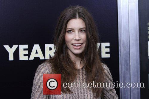 Jessica Biel and Ziegfeld Theatre 17