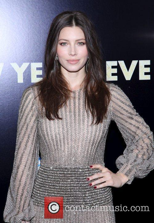 Jessica Biel and Ziegfeld Theatre 10