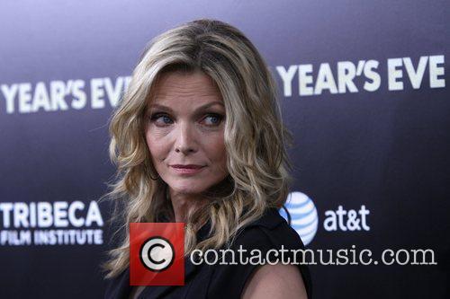 Michelle Pfeiffer and Ziegfeld Theatre 10