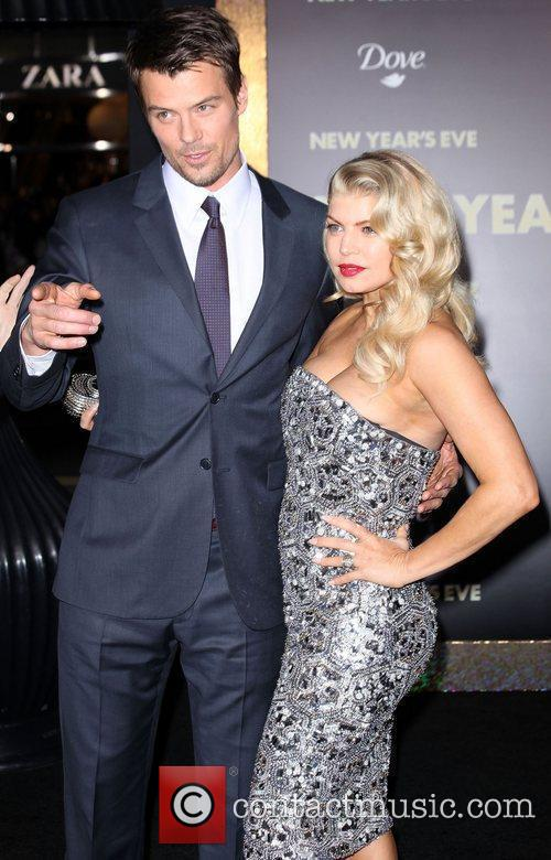 Josh Duhamel, Fergie and Grauman's Chinese Theatre 6