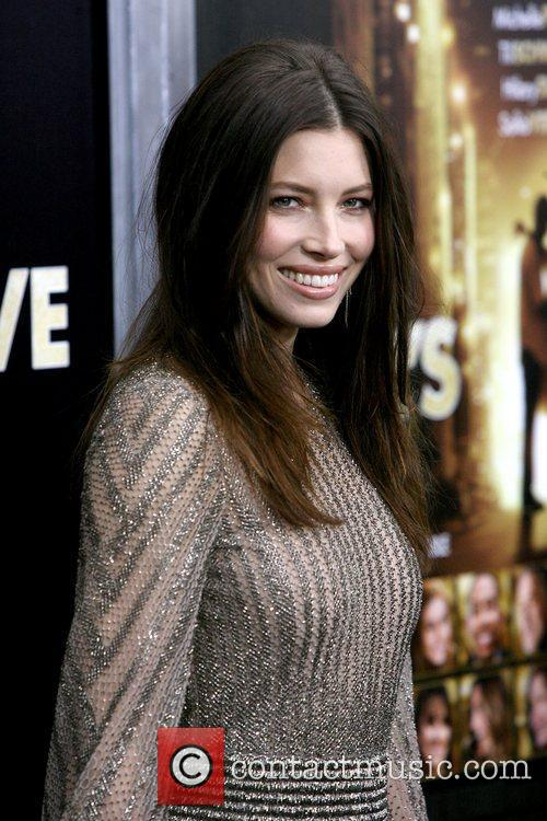 Jessica Biel and Ziegfeld Theatre 8