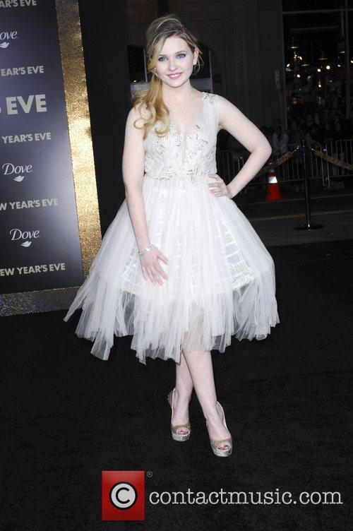 Abigail Breslin and Grauman's Chinese Theatre 6