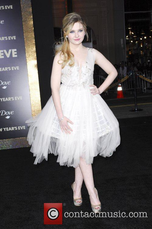 Abigail Breslin and Grauman's Chinese Theatre 7