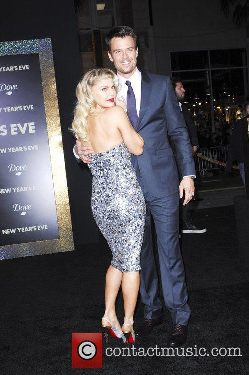 Josh Duhamel, Fergie and Grauman's Chinese Theatre 9