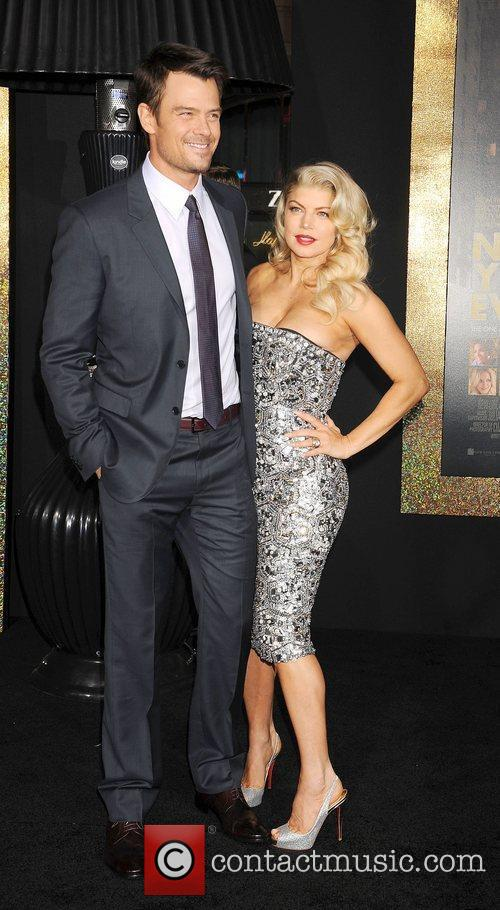 Josh Duhamel, Fergie and Grauman's Chinese Theatre 10