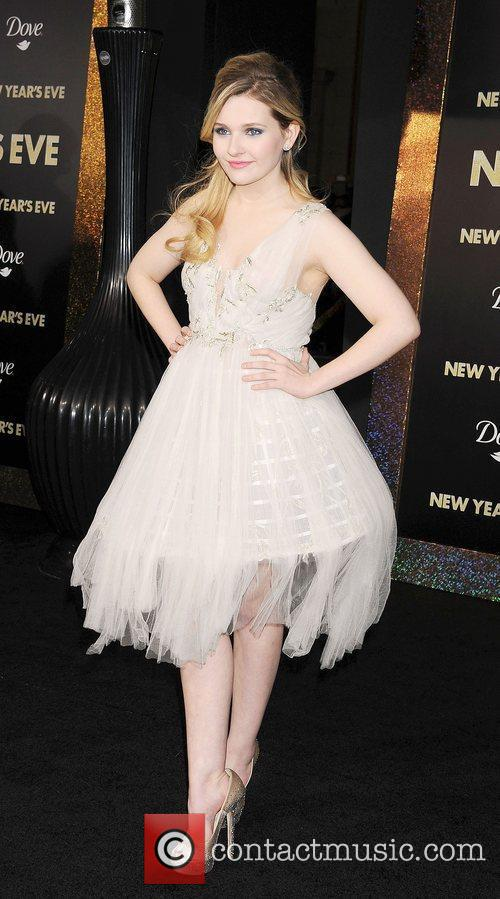 Abigail Breslin and Grauman's Chinese Theatre 11